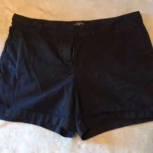 Ann Taylor Loft Black Dress Shorts - Sz 16